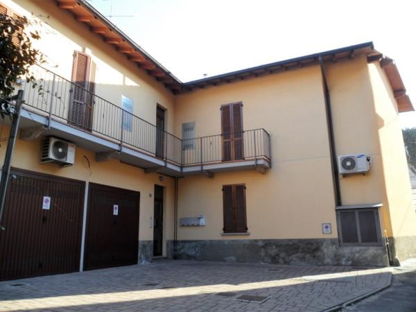 Appartamento in vendita a Cabiate, 3 locali, prezzo € 118.000 | Cambio Casa.it