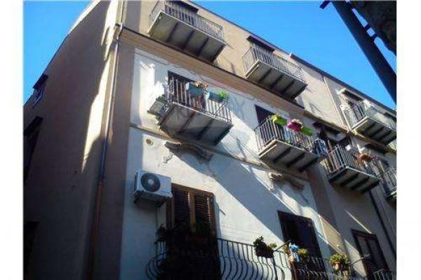 Bilocale Palermo Via Albergheria 5