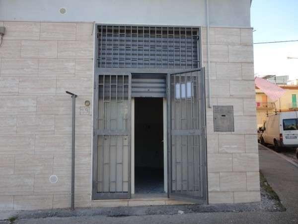 Bilocale Foggia Via Oddone Cesare 2