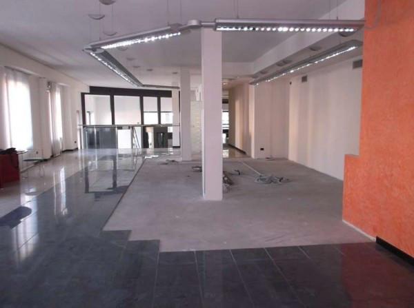 Ufficio-studio in Vendita a Piacenza Centro: 5 locali, 3 mq