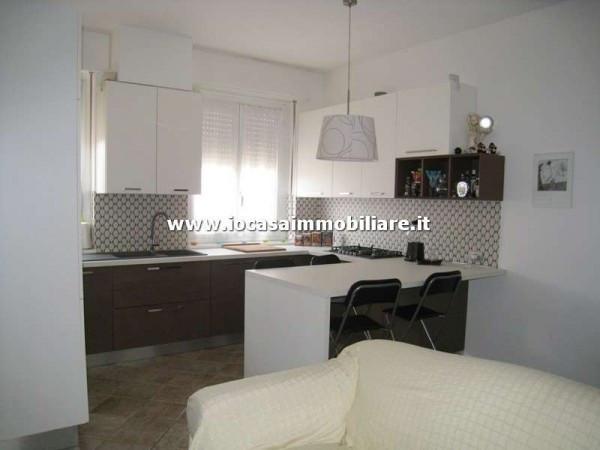 Bilocale Milano Via Privata Val Maggia 2
