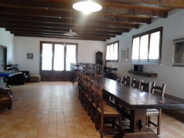 Rustico in Vendita a Santarcangelo Di Romagna Periferia: 3 locali, 270 mq