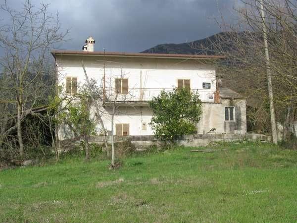 Rustico / Casale in vendita a Gioia Sannitica, 6 locali, prezzo € 105.000 | Cambio Casa.it