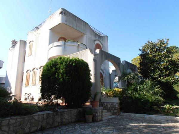Villa in vendita a Bari, 6 locali, prezzo € 520.000 | CambioCasa.it