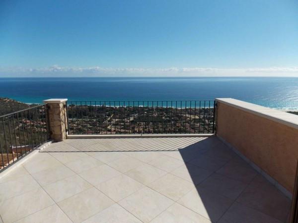 Villa in vendita a Muravera, 6 locali, prezzo € 420.000 | CambioCasa.it