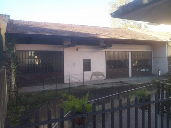 Capannone in vendita a Besozzo, 9999 locali, prezzo € 135.000 | Cambio Casa.it