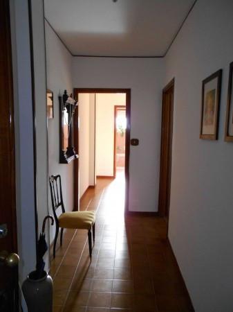Bilocale Pomaretto Via Carlo Alberto 4