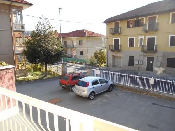Bilocale Pomaretto Via Carlo Alberto 7
