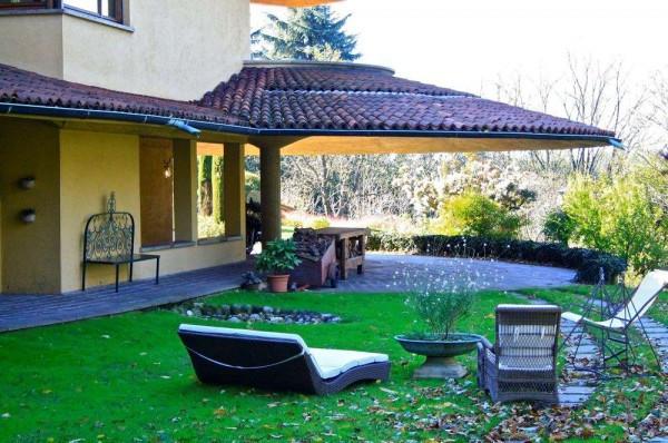 Villa in vendita a Carate Brianza, 6 locali, prezzo € 2.450.000 | Cambiocasa.it