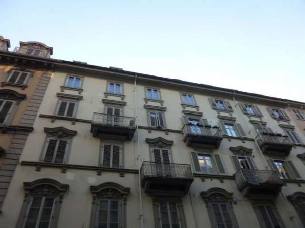 Appartamento in vendita a Torino, 4 locali, zona Zona: 1 . Centro, prezzo € 160.000 | Cambiocasa.it