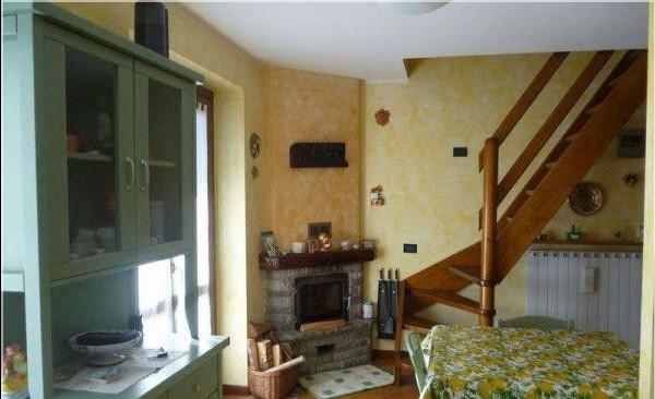 Appartamento in vendita a Temù, 3 locali, prezzo € 180.000   CambioCasa.it