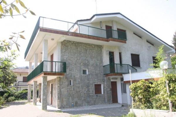 Villa in vendita a Pino Torinese, 6 locali, prezzo € 410.000 | Cambio Casa.it