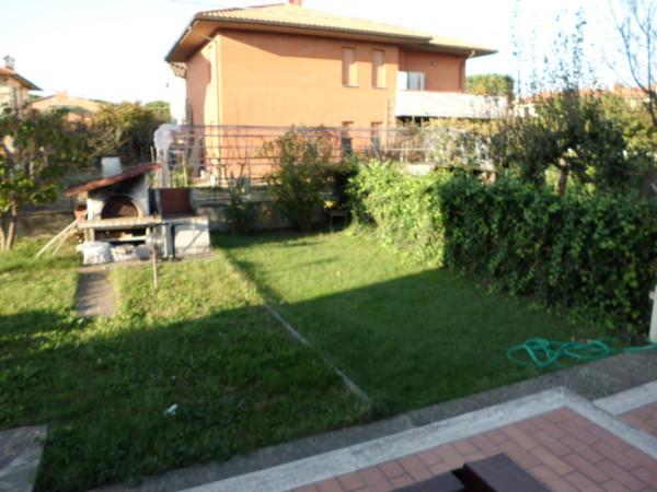 Bilocale Castiglione del Lago Via Roma 1