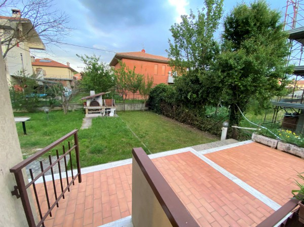 Bilocale Castiglione del Lago Via Roma 8