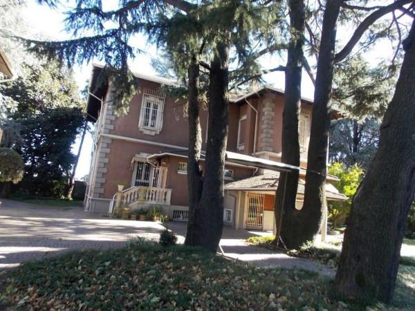 Palazzo / Stabile in vendita a Pessano con Bornago, 6 locali, prezzo € 985.000 | Cambio Casa.it