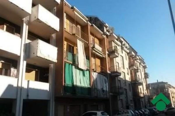 Bilocale Novara Via Cavo D'assi 3