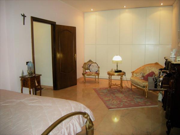 Villa in vendita a Formia, 5 locali, prezzo € 550.000 | CambioCasa.it