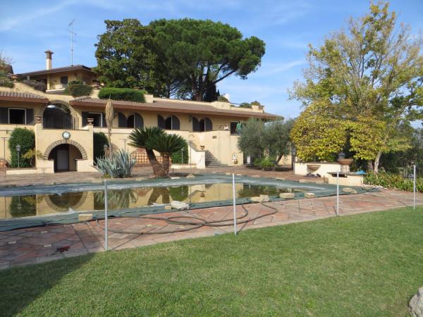 Villa in vendita a Morlupo, 6 locali, prezzo € 890.000 | Cambio Casa.it