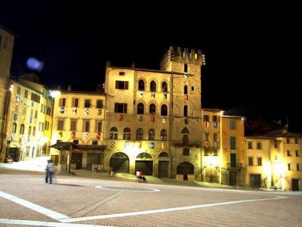 Attico in Vendita a Arezzo Centro: 5 locali, 135 mq