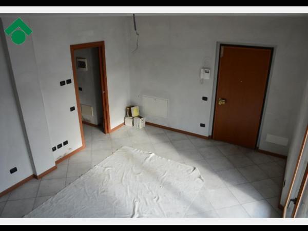 Bilocale Bernareggio Via Dante Alighieri, 48 10