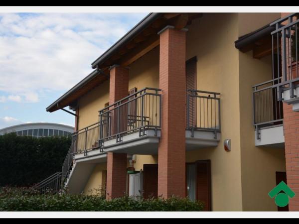 Bilocale Bernareggio Via Dante Alighieri, 48 2