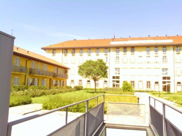 Bilocale Barlassina Via Tiziano 6