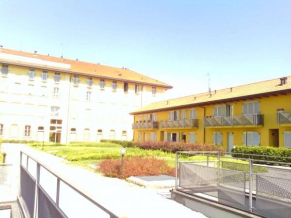 Bilocale Barlassina Via Tiziano 7