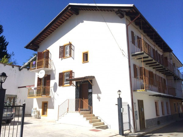 Villa in vendita a Clavesana, 6 locali, prezzo € 175.000 | CambioCasa.it