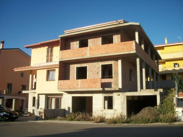 Villa in Vendita a Carbonia