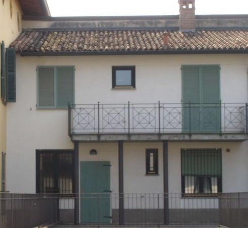 Appartamento in vendita a Calvenzano, 3 locali, prezzo € 129.000 | CambioCasa.it