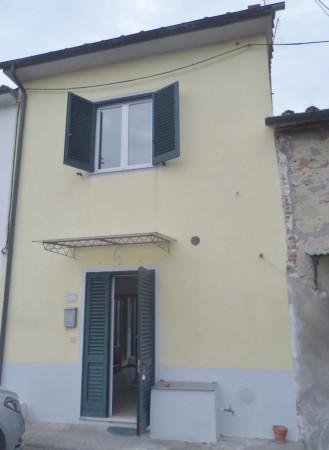 Bilocale Porcari Via Martellacci 1