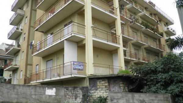 Ufficio / Studio in affitto a Paternò, 4 locali, prezzo € 400 | CambioCasa.it