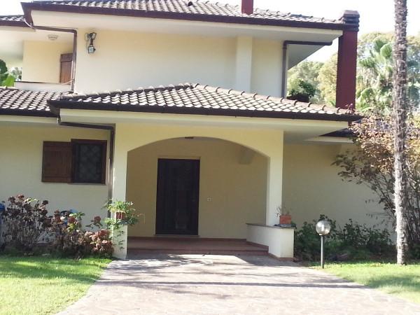 Villa in vendita a Latina, 5 locali, prezzo € 600.000 | Cambio Casa.it