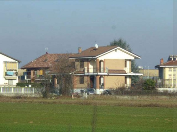 Villa in vendita a Volvera, 9999 locali, prezzo € 190.000 | Cambio Casa.it