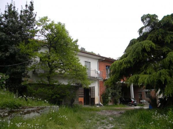 Rustico / Casale in vendita a Albugnano, 6 locali, prezzo € 220.000 | Cambio Casa.it