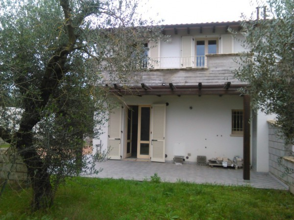 Casa indipendente in Vendita a Monsummano Terme Periferia: 5 locali, 170 mq