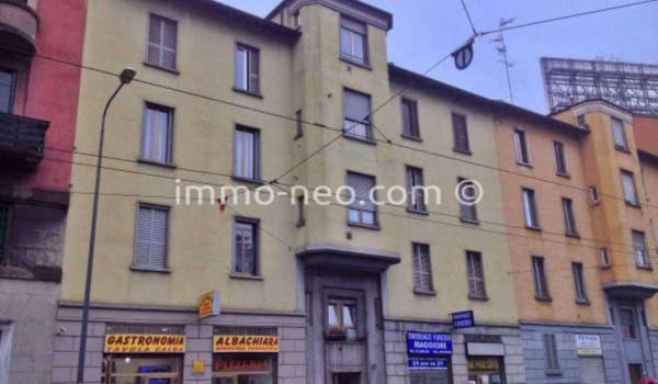 Bilocale Milano Via Giovanni Battista Grassi 9