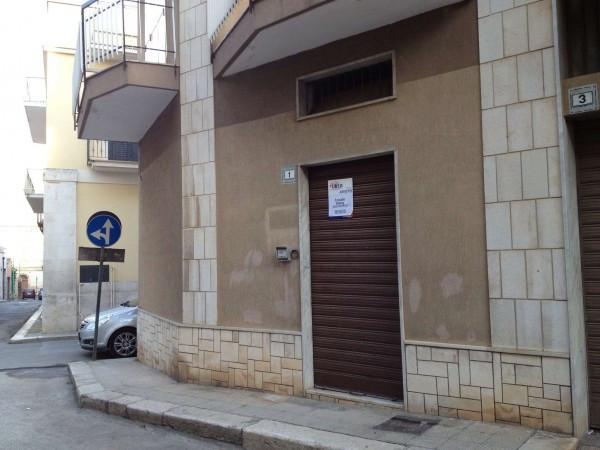 Ufficio / Studio in affitto a Bitetto, 1 locali, prezzo € 300 | Cambio Casa.it