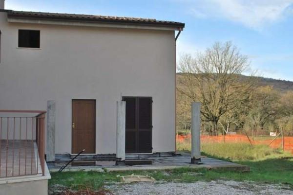 Casa indipendente in vendita a perugia for Comprare garage indipendente