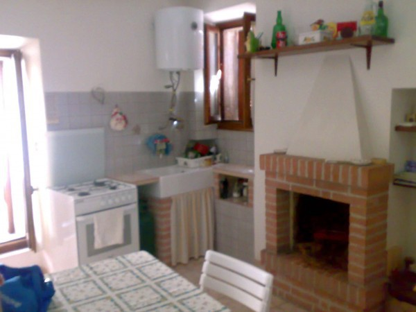 Rustico / Casale in vendita a Staffolo, 4 locali, prezzo € 80.000 | Cambio Casa.it