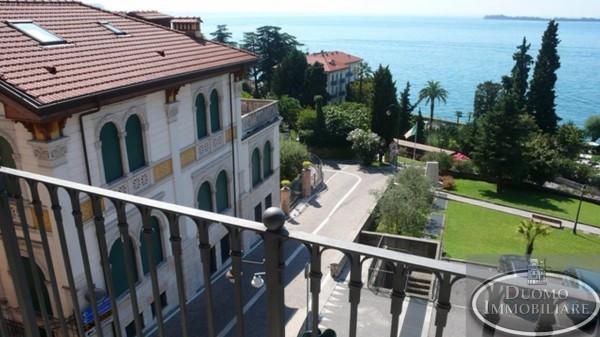 Appartamento in vendita a Gardone Riviera, 3 locali, prezzo € 450.000 | Cambio Casa.it