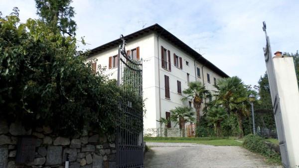 Bilocale Nebbiuno Via Vittorio Veneto 10