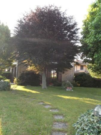 Villa in vendita a Cabiate, 4 locali, prezzo € 359.000 | Cambio Casa.it
