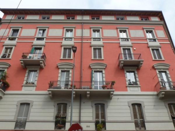 Bilocale Milano Via Giulio E Corrado Venini 10