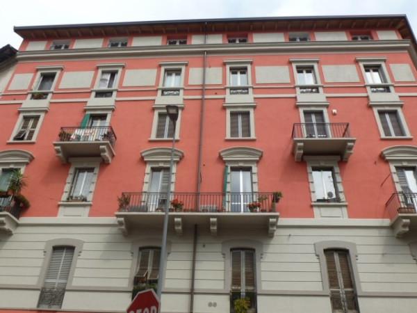 Bilocale Milano Via Giulio E Corrado Venini 11