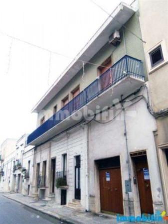 Appartamento in vendita a Oria, 6 locali, prezzo € 180.000 | Cambio Casa.it