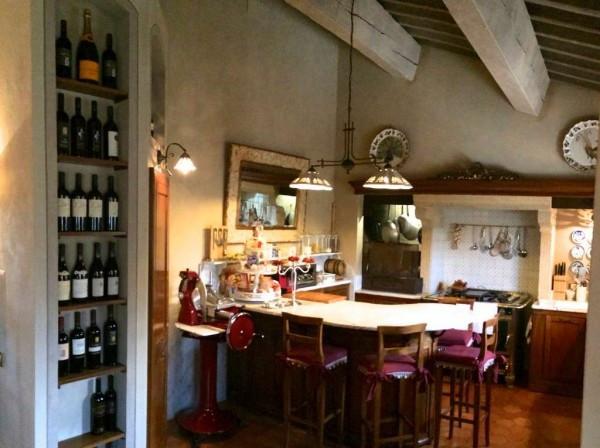 Rustico / Casale in vendita a Sommacampagna, 6 locali, Trattative riservate | Cambio Casa.it