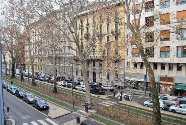 Bilocale Milano Viale Premuda 1