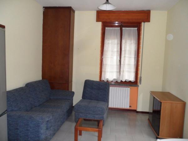 Bilocale Mariano Comense Via Giosuè Carducci 6