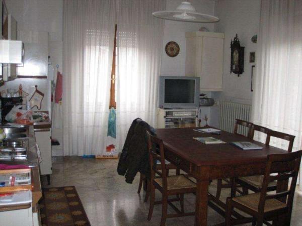 Appartamento in vendita a Civitanova Marche, 4 locali, prezzo € 235.000 | Cambio Casa.it